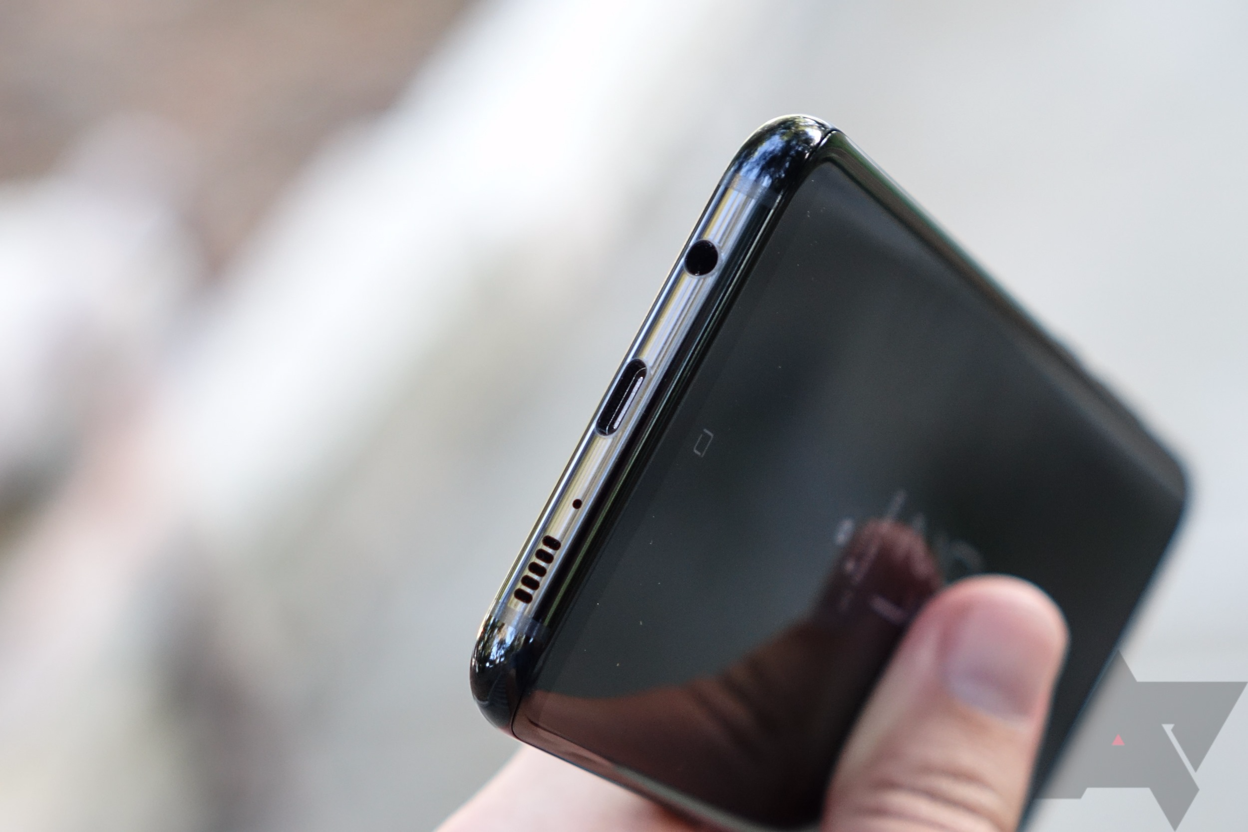 Blowgate?] Galaxy S8 and Note8 also have muted microphones