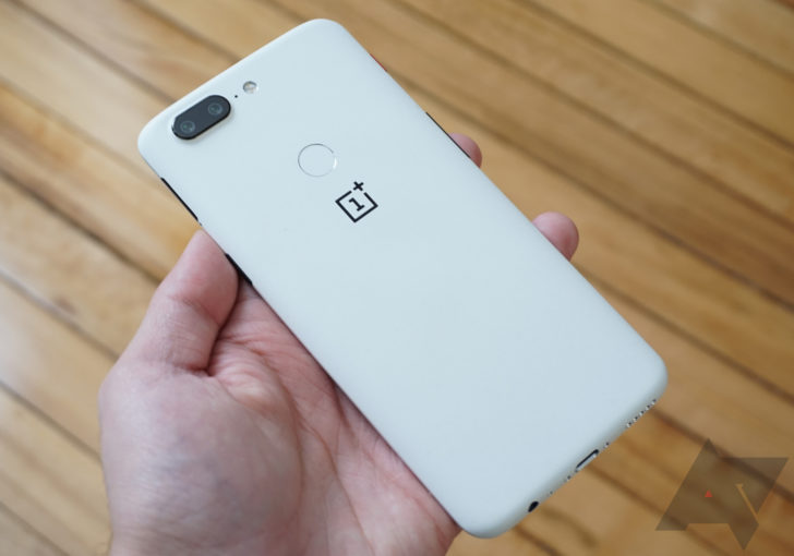OnePlus 5T gets a cool new sandstone white look