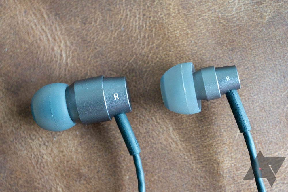 Essential USB-C Earphones HD review: Earbuds that ditch the dongle ...
