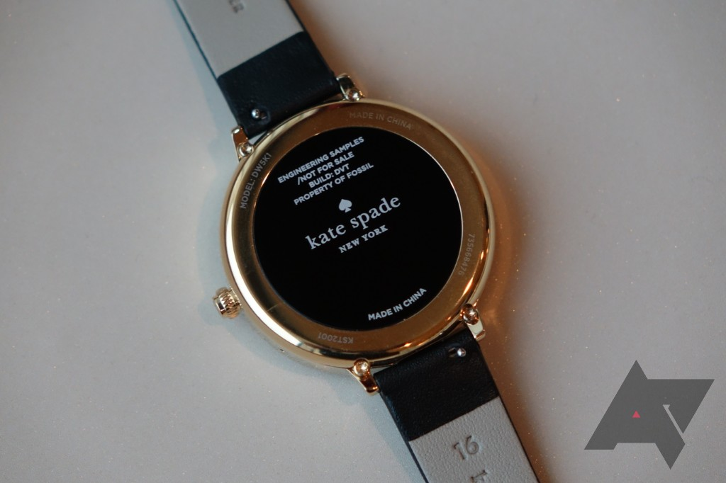 3fdb6ca76 The Kate Spade watch (it doesn't appear to have a specific model name) is  designed to appeal more to the ladies with its slimmer 16mm band and rose  gold ...