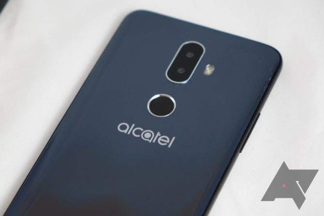 TCL previews the new Alcatel series 1, 3, and 5