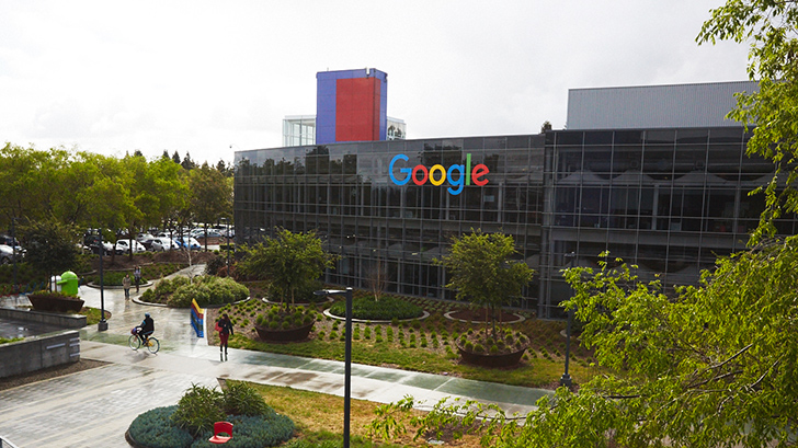 Google and HTC close $1.1 billion talent acquisition deal