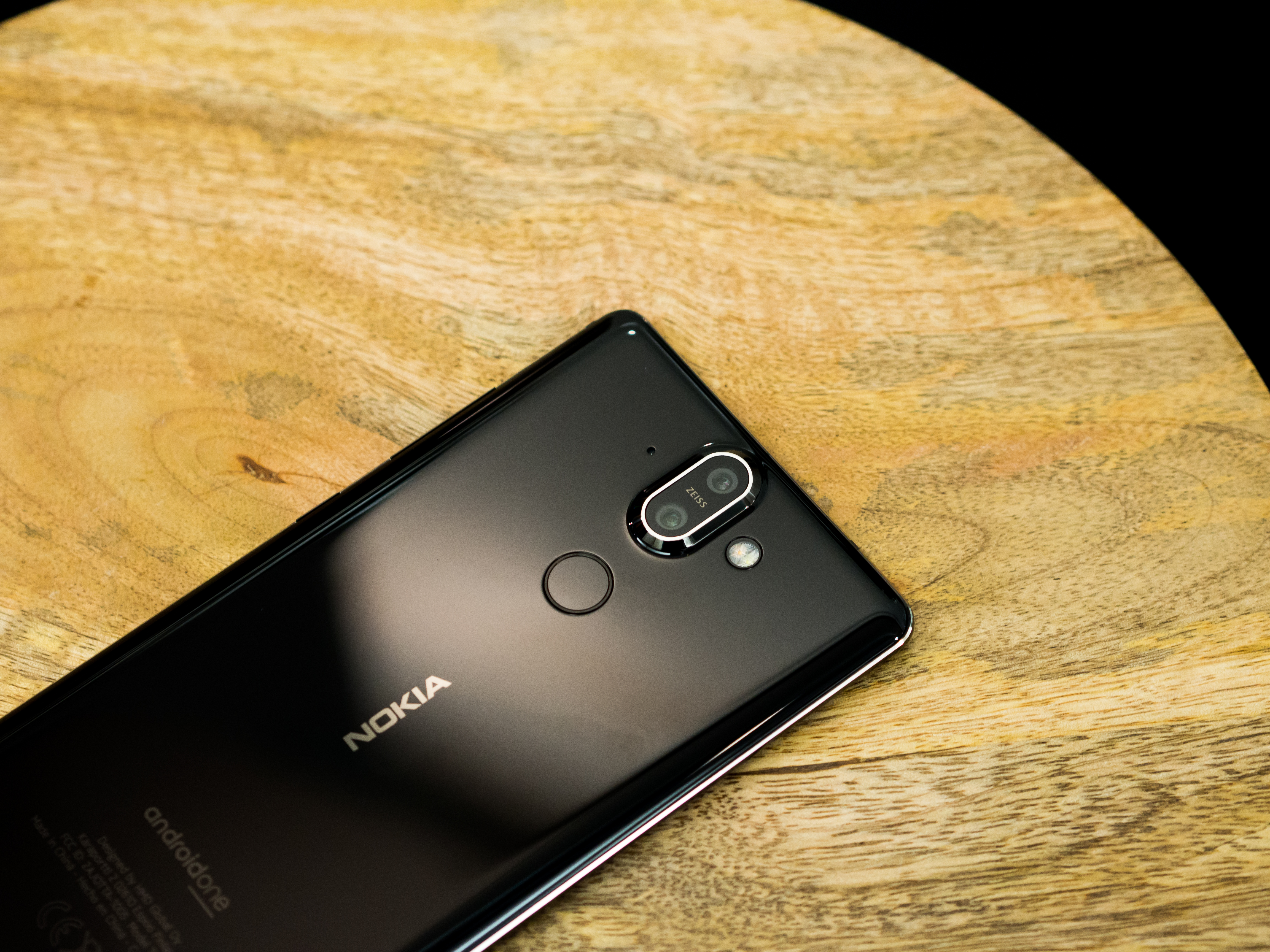 Hands On With The Nokia 1 6 2018 7 Plus And 8 Xl Yellow Curved Glass Edges Are Symmetrical Front To Back Meeting A 2mm Wide Chamfer Side I Cant Say It Feels That Comfortable In Hand