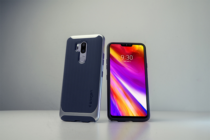 outlet store ecb1a 07536 Protect your LG G7 with a slim and protective Spigen case - From ...