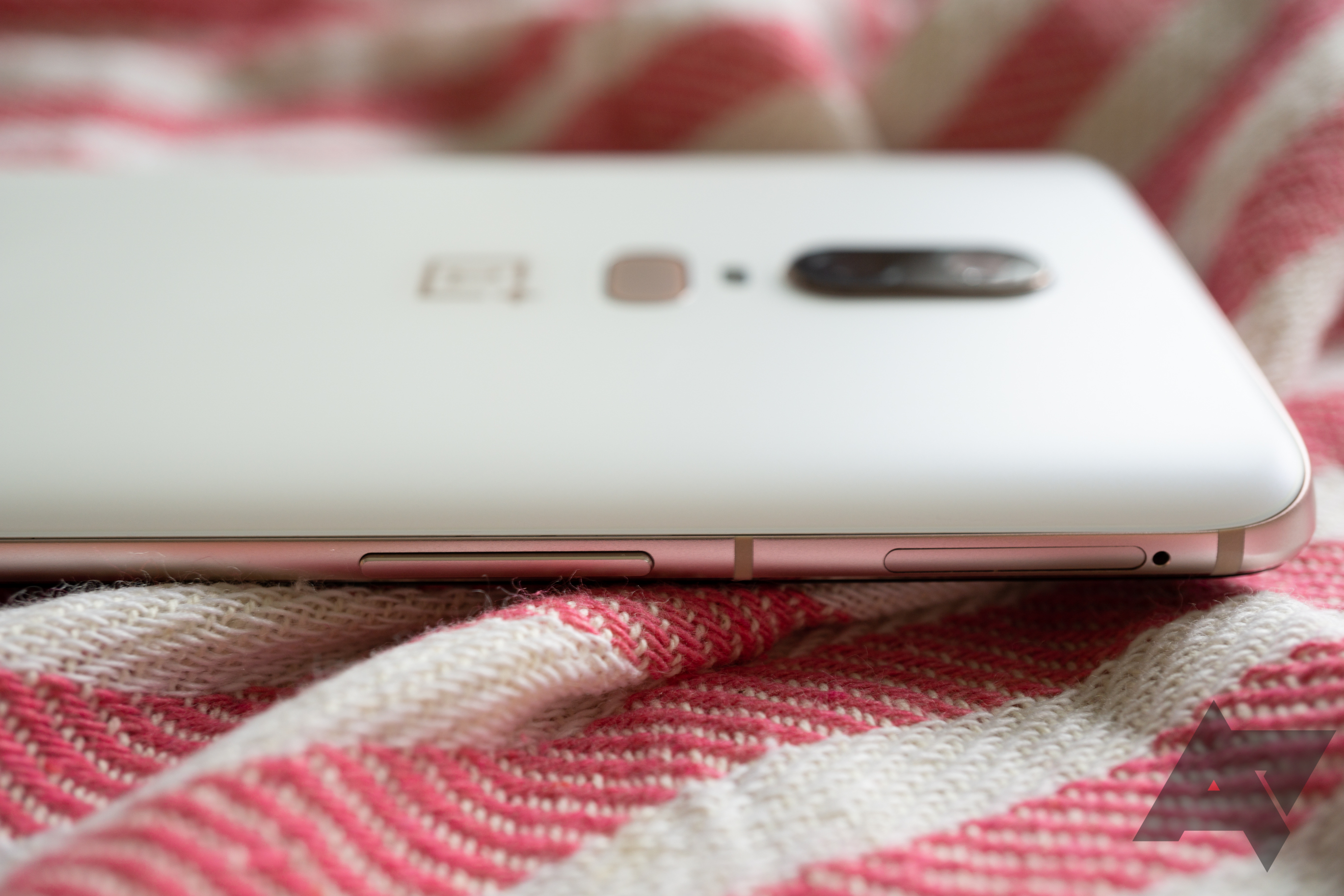 Silk White OnePlus 6 gallery