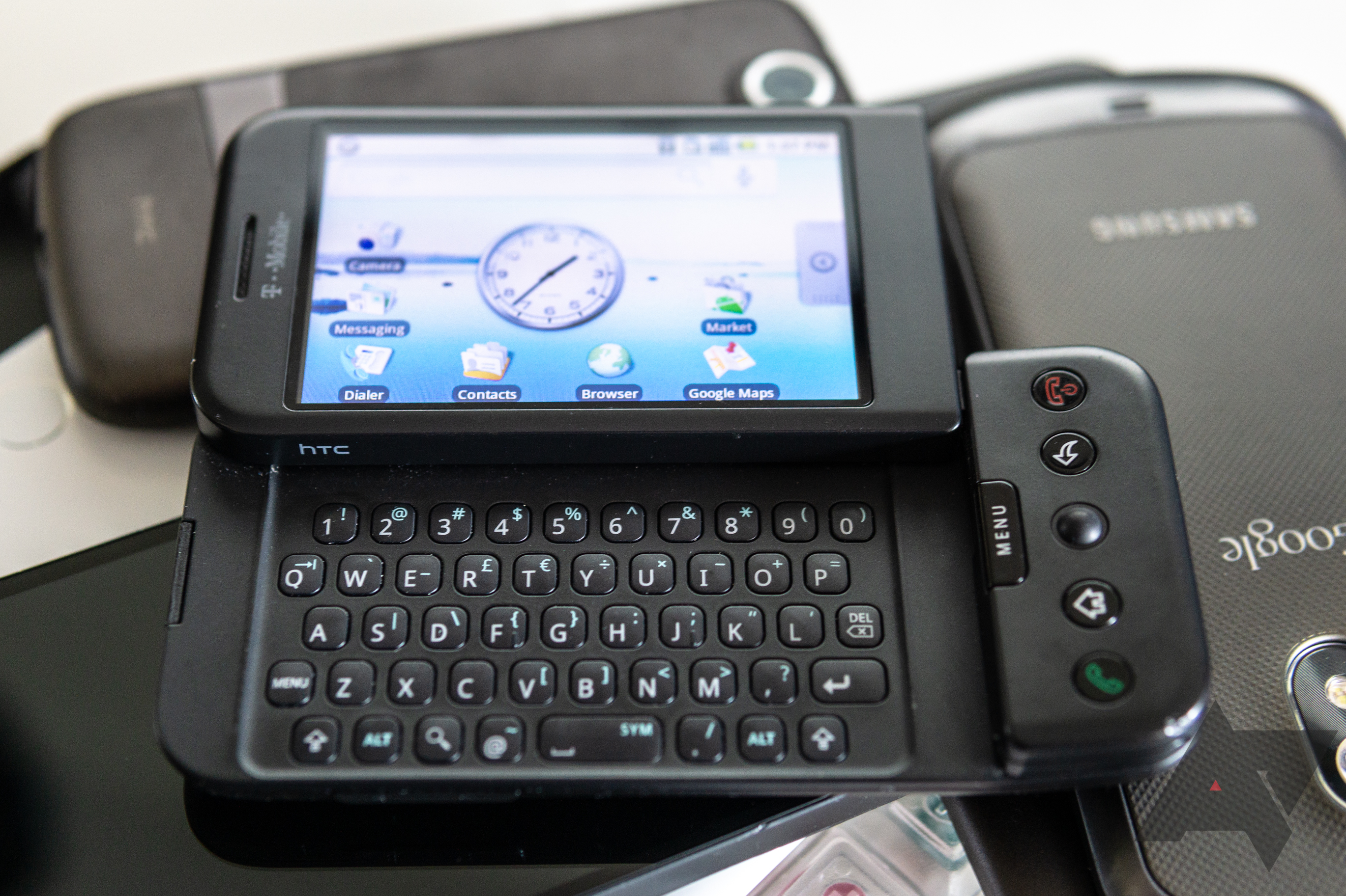 Using the HTC G1, 10 years later: 2008's smartphone is effectively a