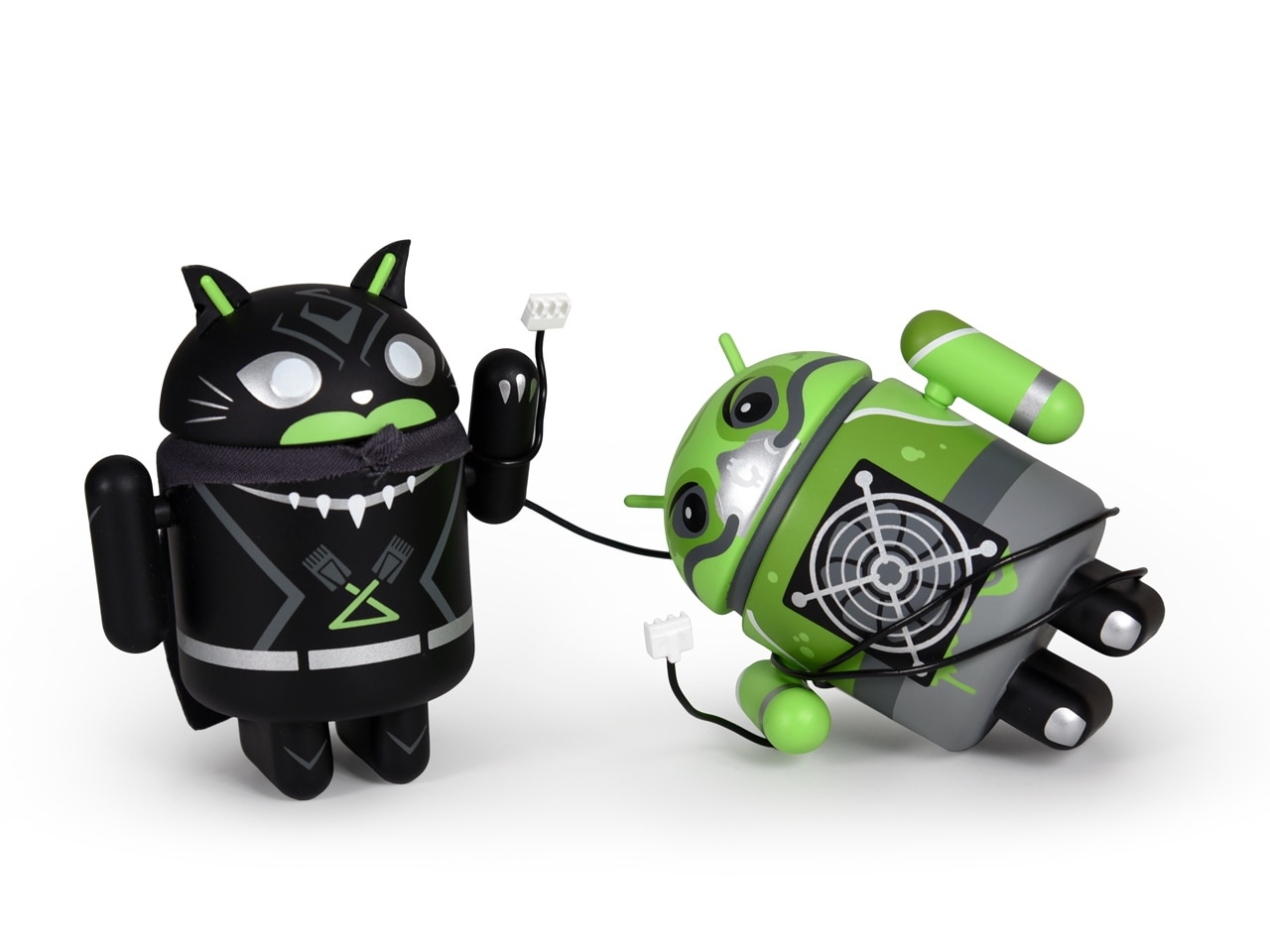 We Re Giving Away 12 Dead Zebra Android Heroes Villains Iii Sets