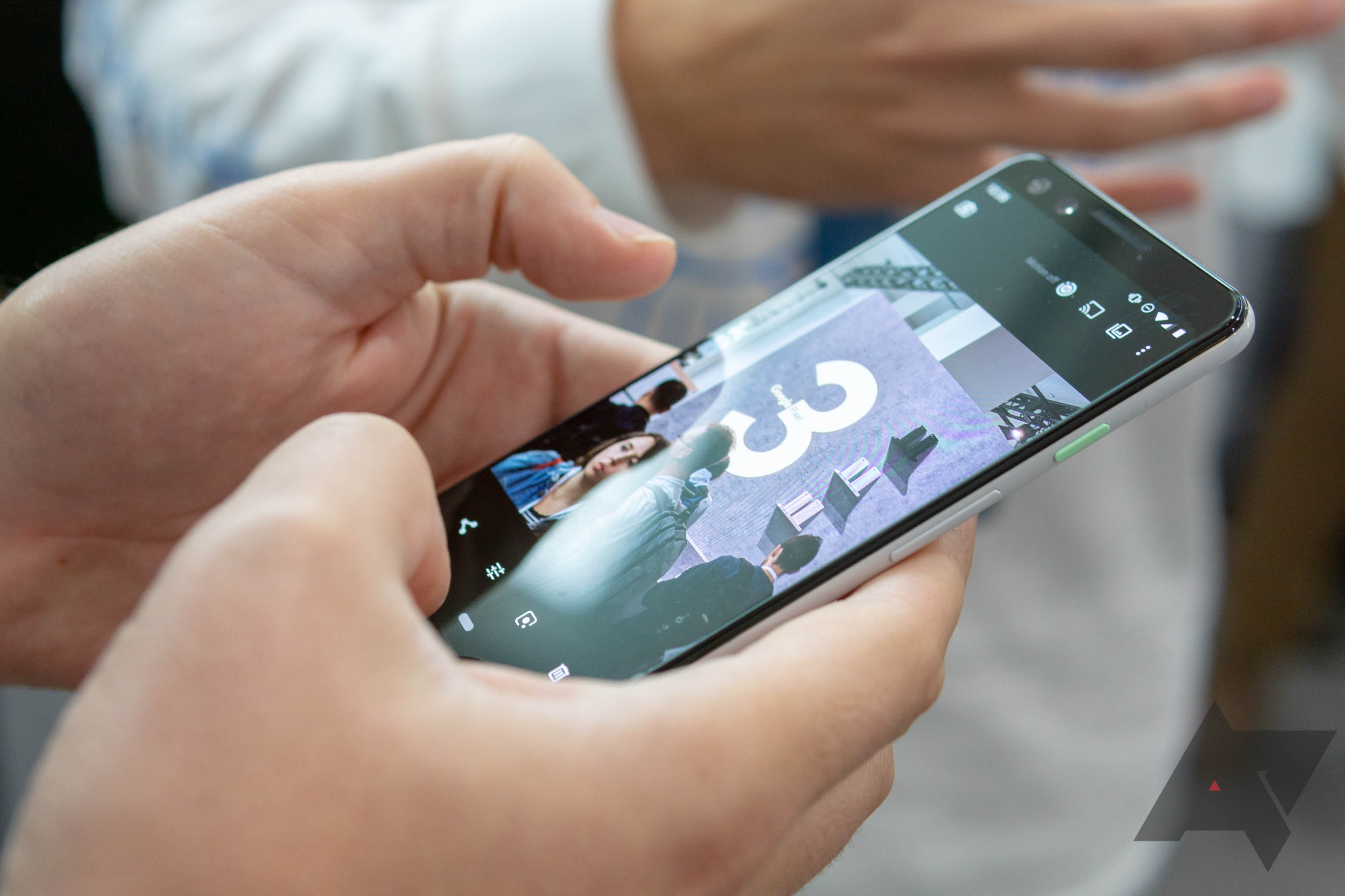 Google Pixel 3's OLED panel is LG-made, teardown reveals