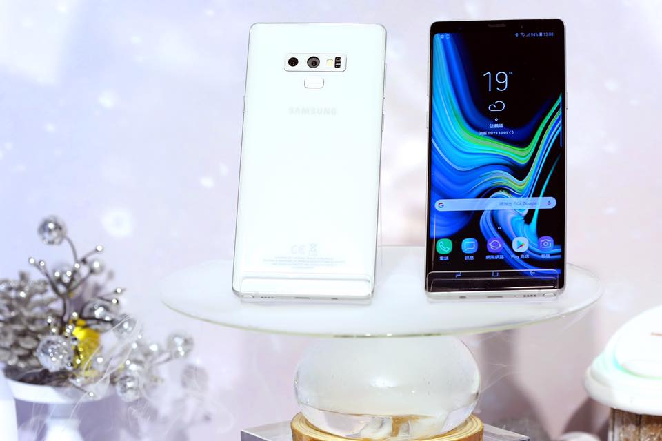 Exciting new details about Samsung's Galaxy S10 and Galaxy F phones leak