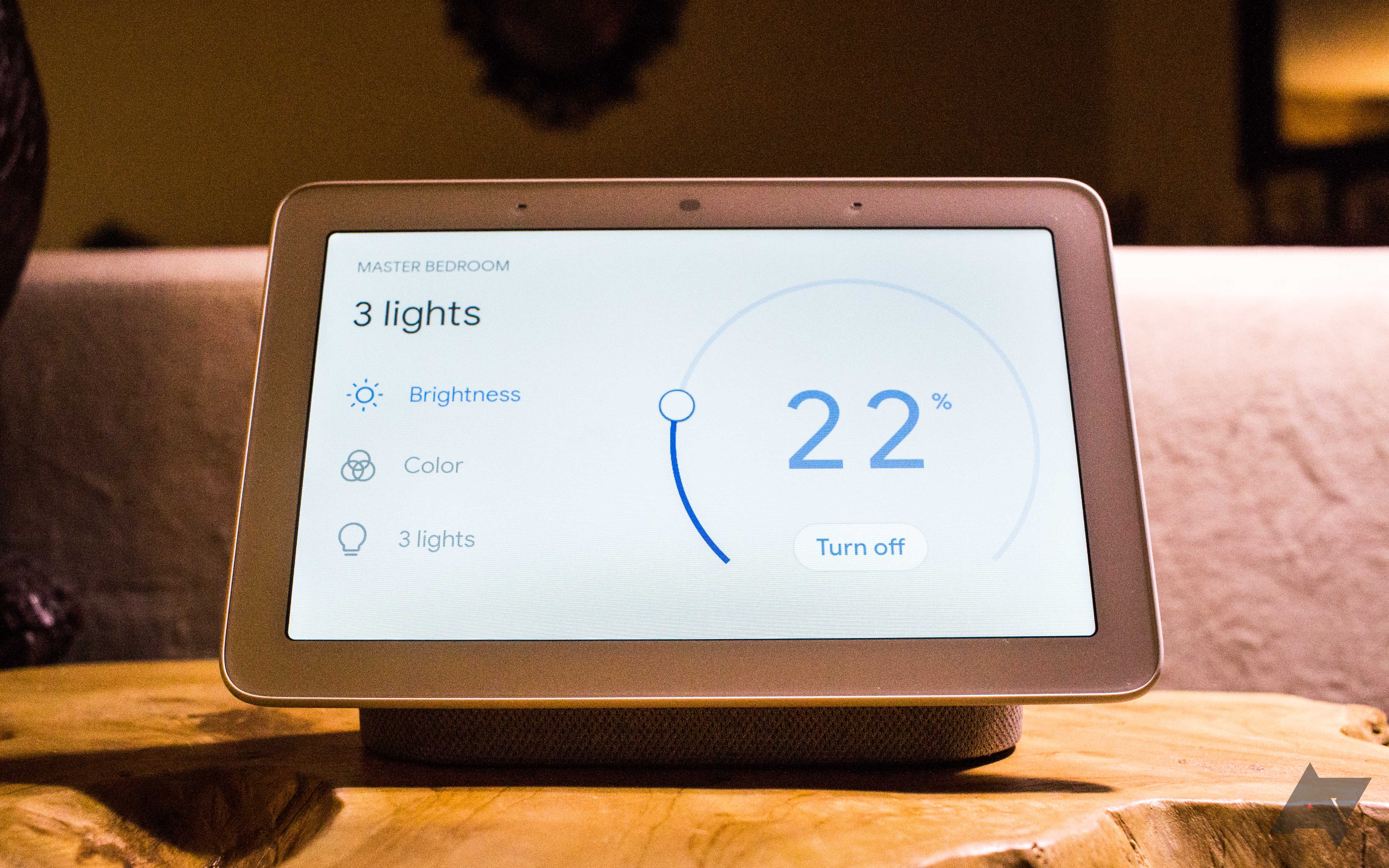 Which to buy: Google Home Hub or Lenovo Smart Display?