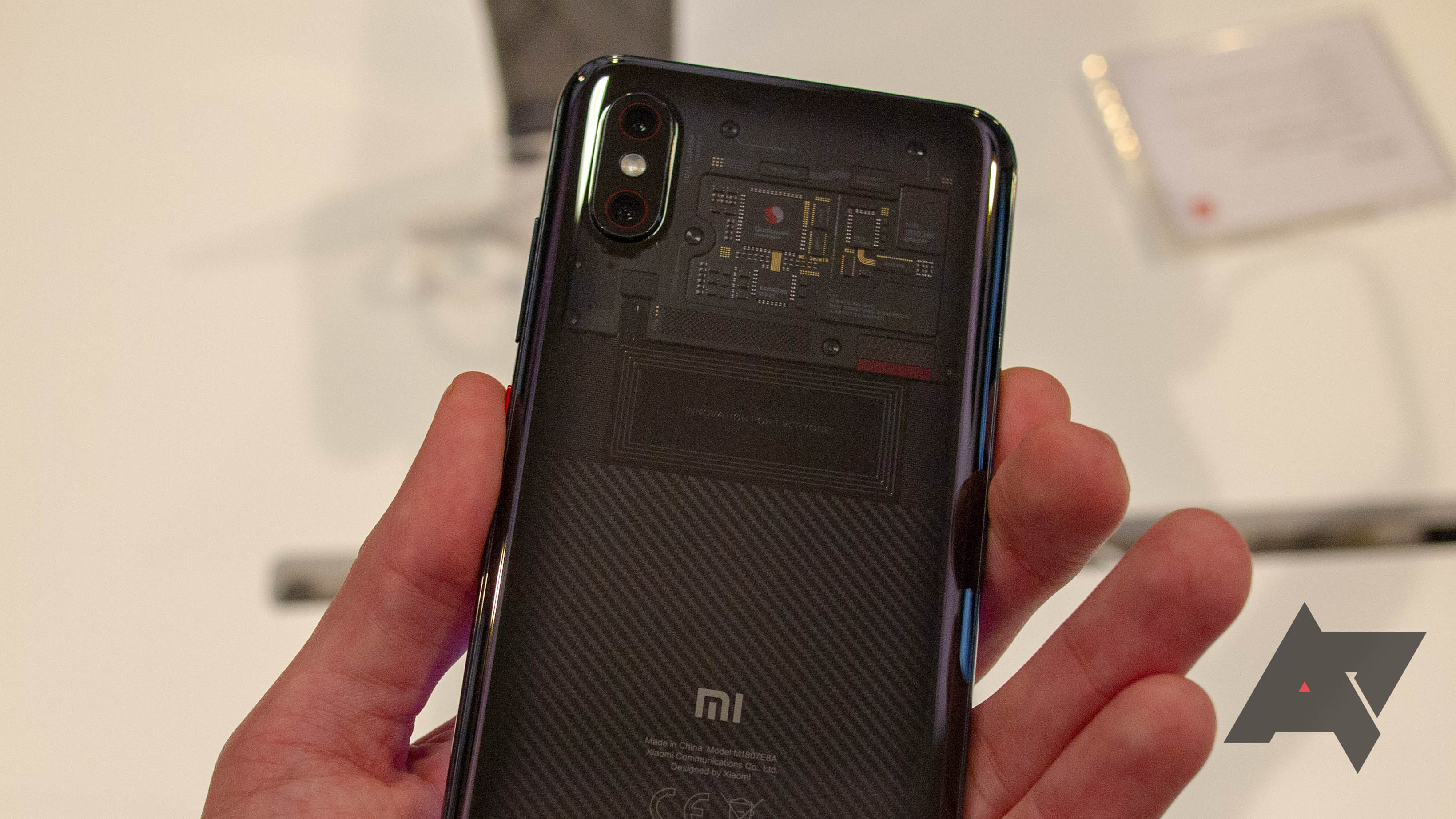 Xiaomi Mi 8 Pro hands-on: IR face unlock and extra RAM for the same