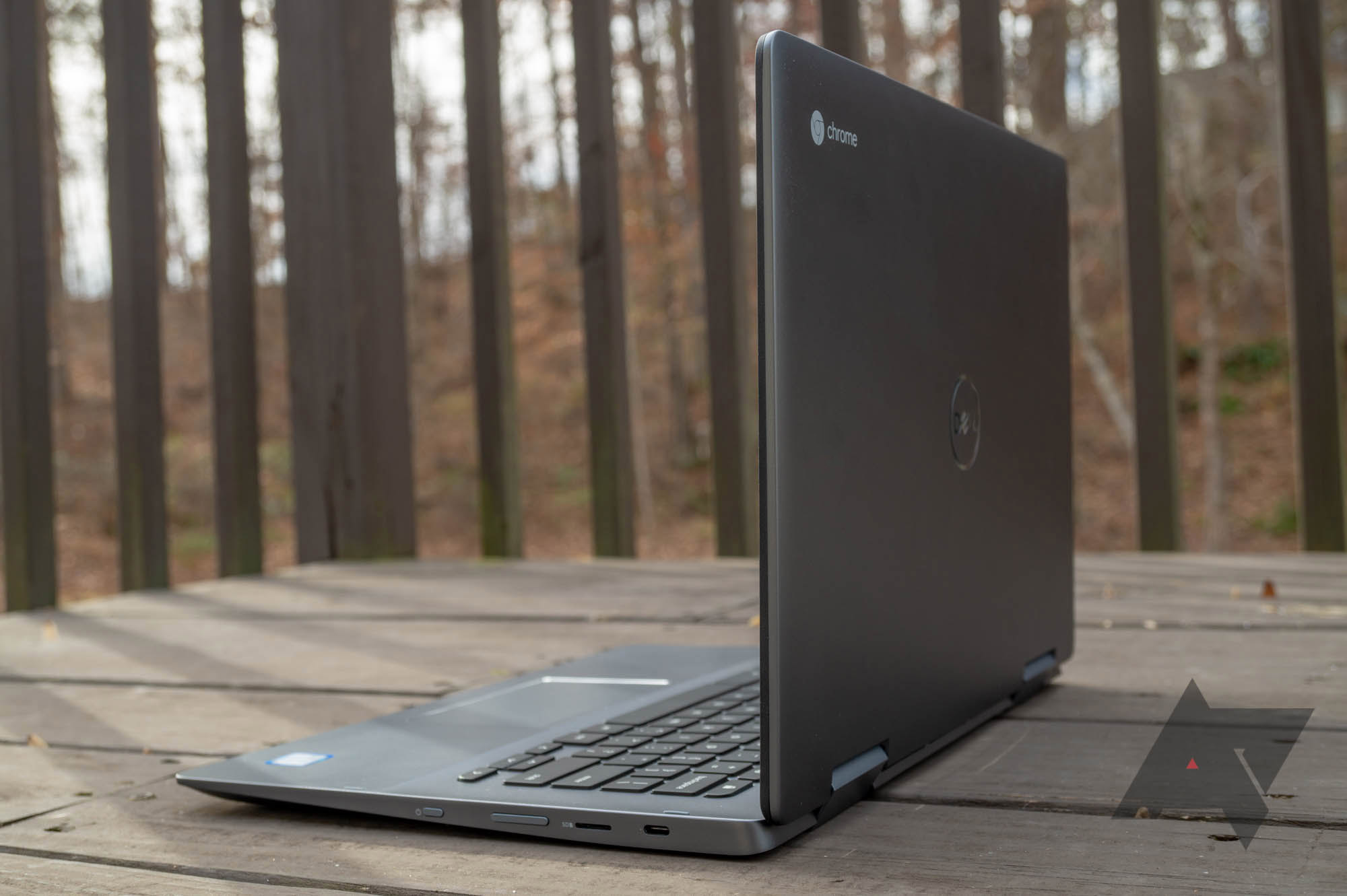 Dell's Inspiron Chromebook 14 has dropped to $450 ($150 off) at Best Buy