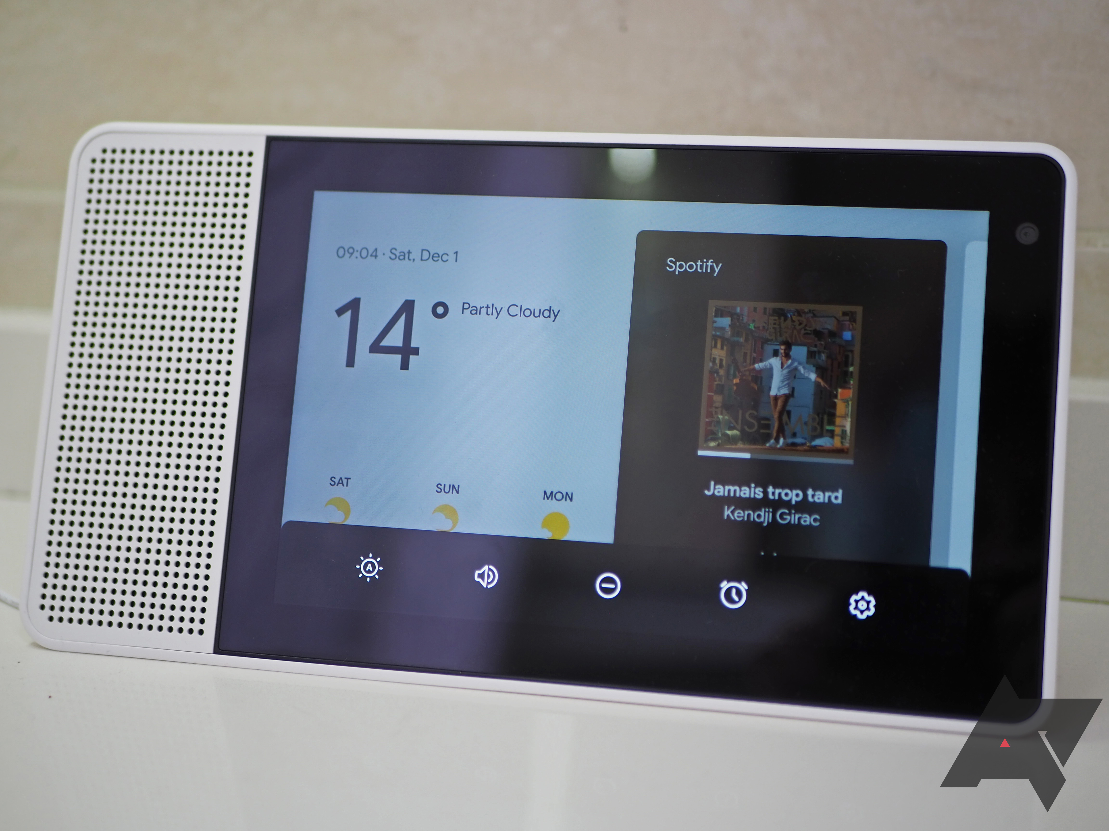 Beware when buying third-party Google Assistant speakers and