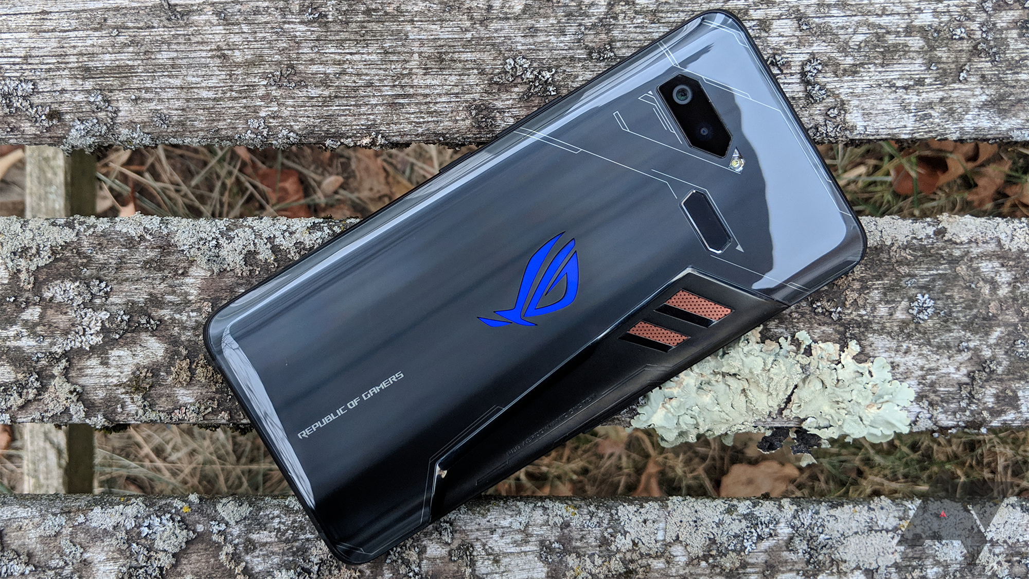 Asus Rog Phone Review A Few Stumbles Can T Stop This Gaming Phone