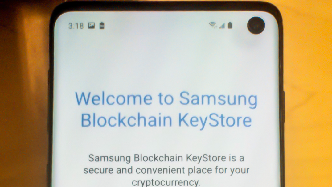 New Galaxy S10 leak showcases punch-hole screen and... Samsung's cryptocurrency wallet?