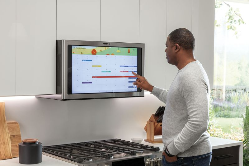 GE's Kitchen Hub is a huge, Android-powered touchscreen to mount
