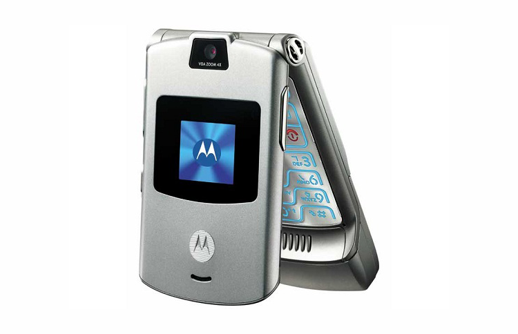 Lenovo reportedly close to releasing new Motorola RAZR with folding display for $1,500