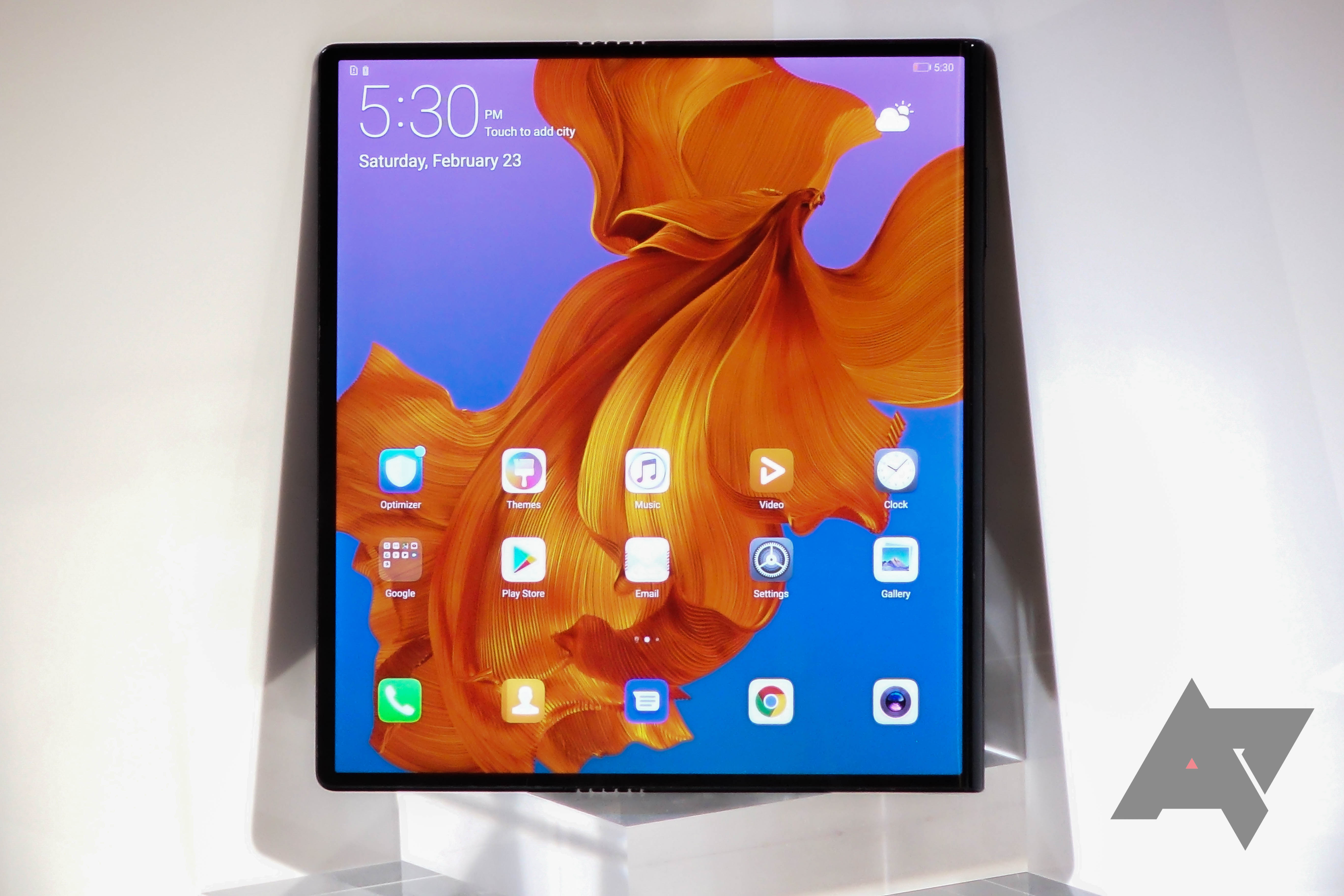 Take a First Look at Huawei's $2,600 5G Foldable Mate X Phone