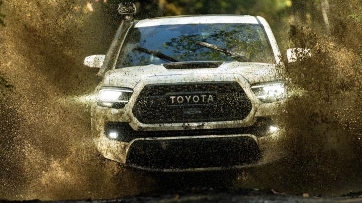 toyota  finally adding android auto support starting   trucks  suvs