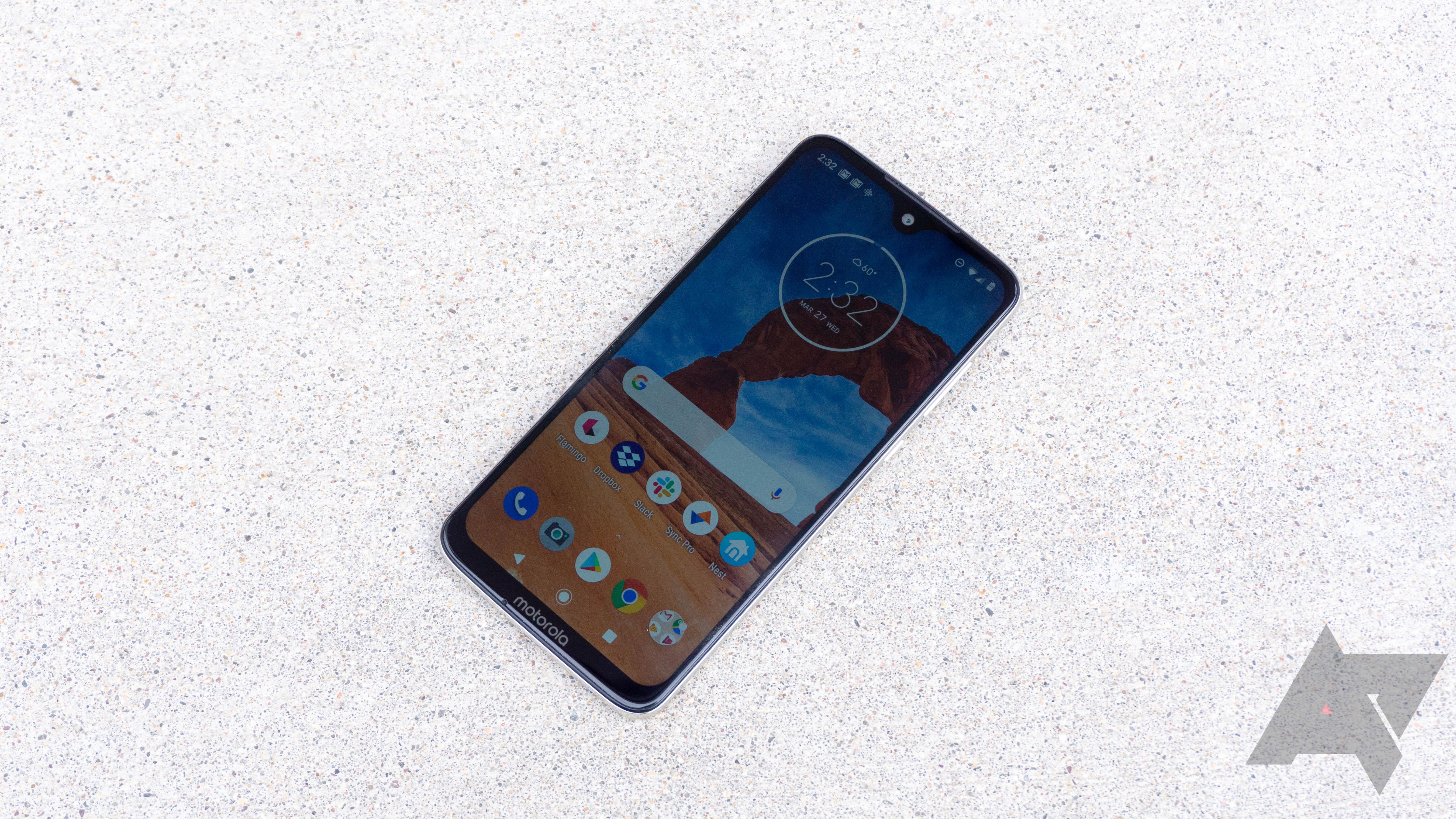 Update: Carrier restrictions] Motorola announces Call Screen