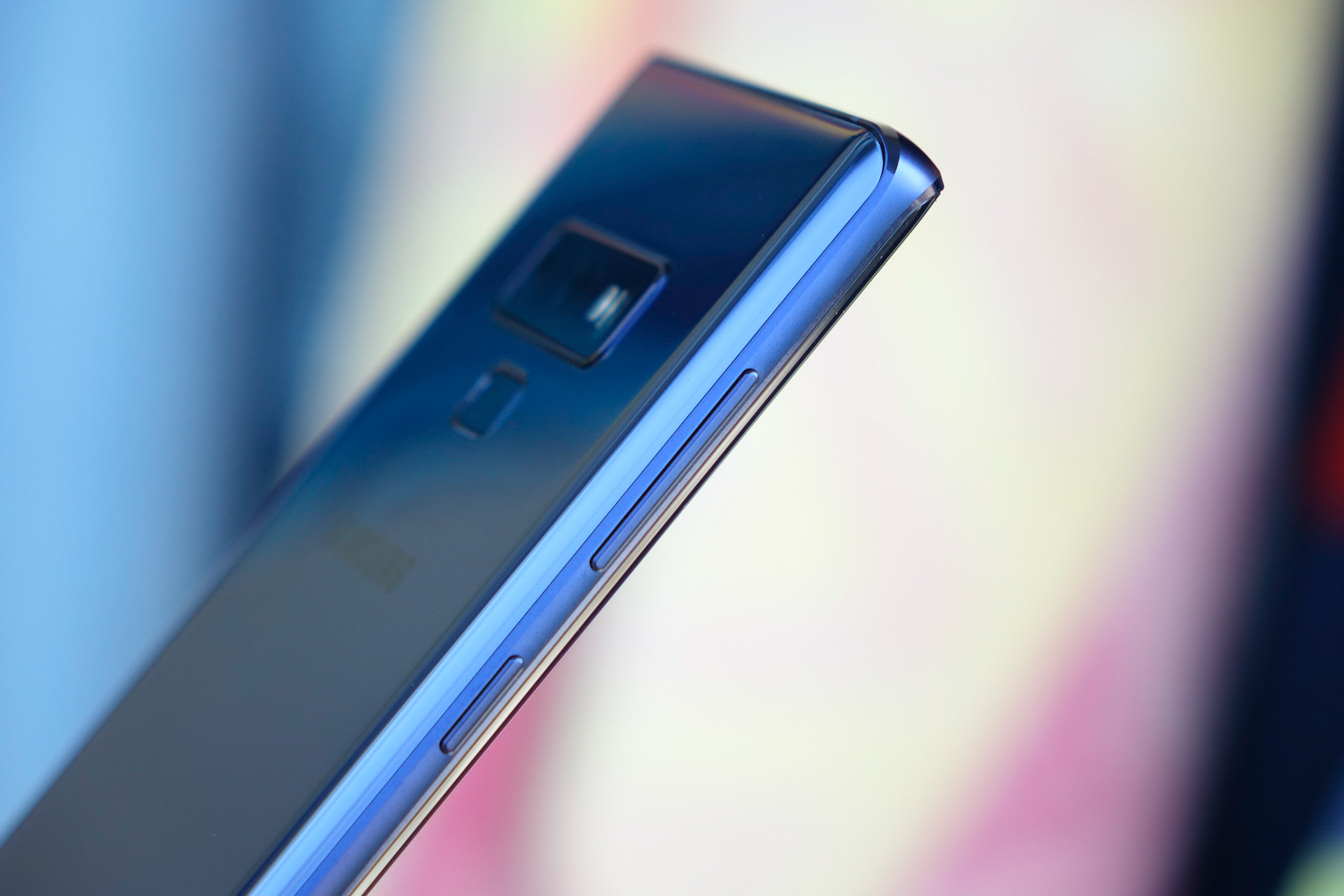 Update: Buttons aren't dead] The Galaxy Note 10 won't have a