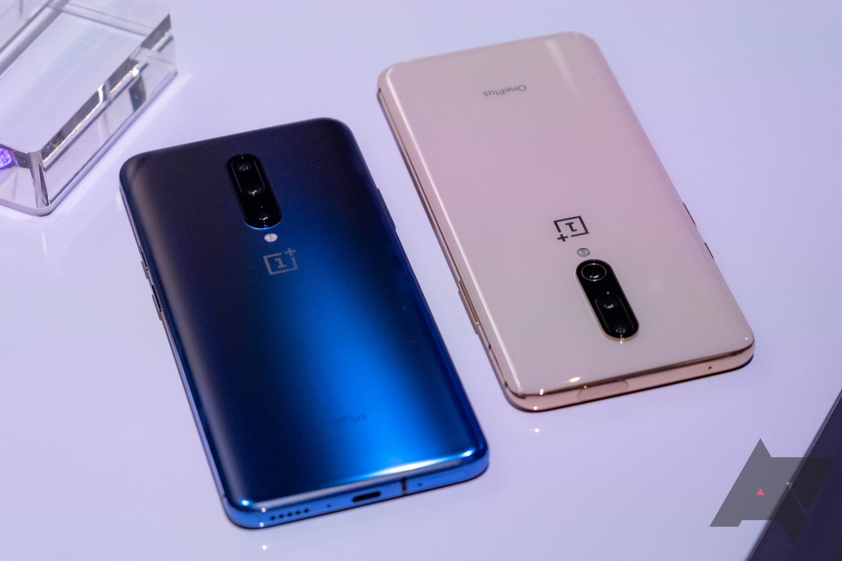 Purported OnePlus 8 Pro drawings leak, suggest minor changes