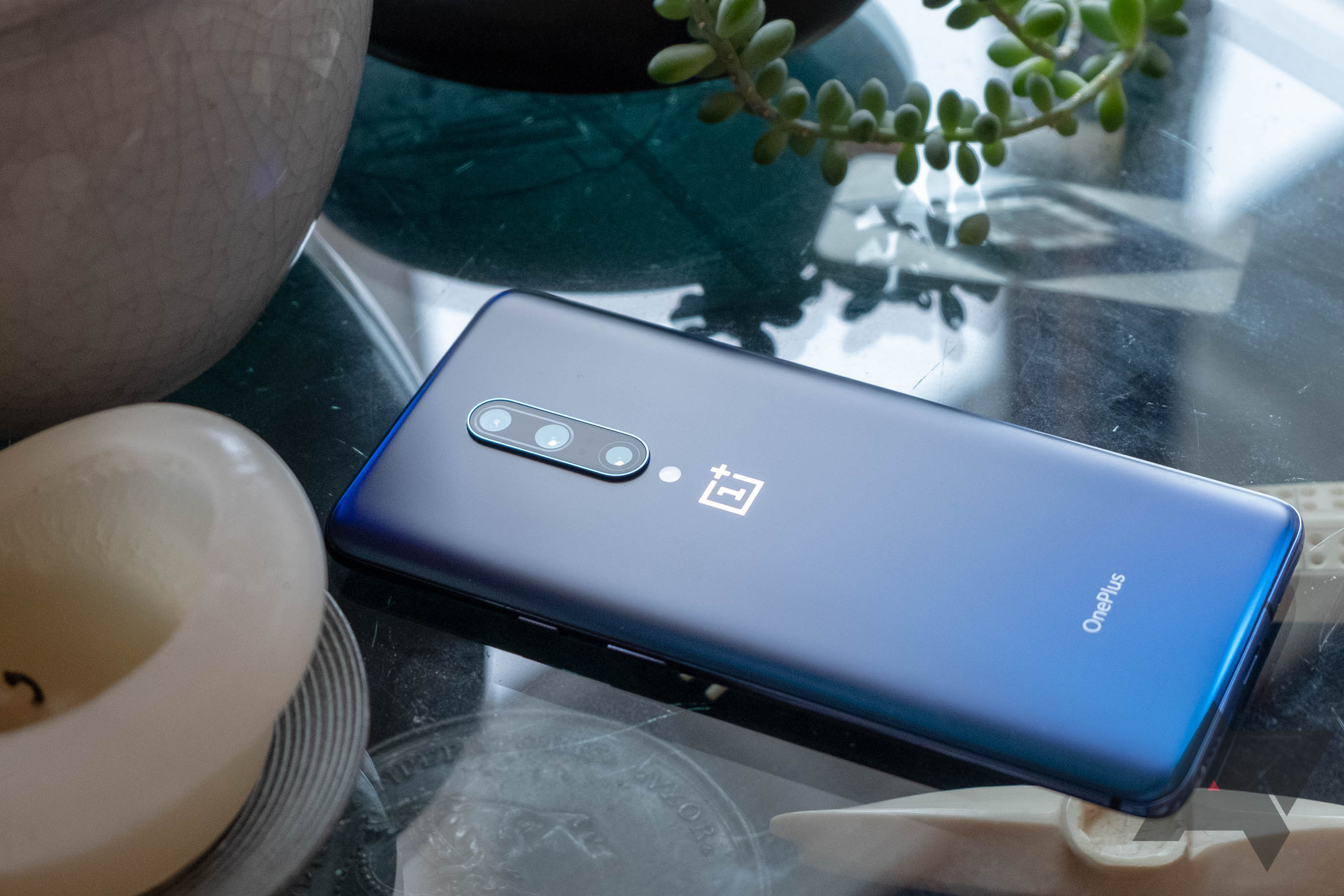 [Update: Stable update too] Android 10 Open Beta 3 arrives on OnePlus 7 and 7 Pro, lots of bug fixes in tow