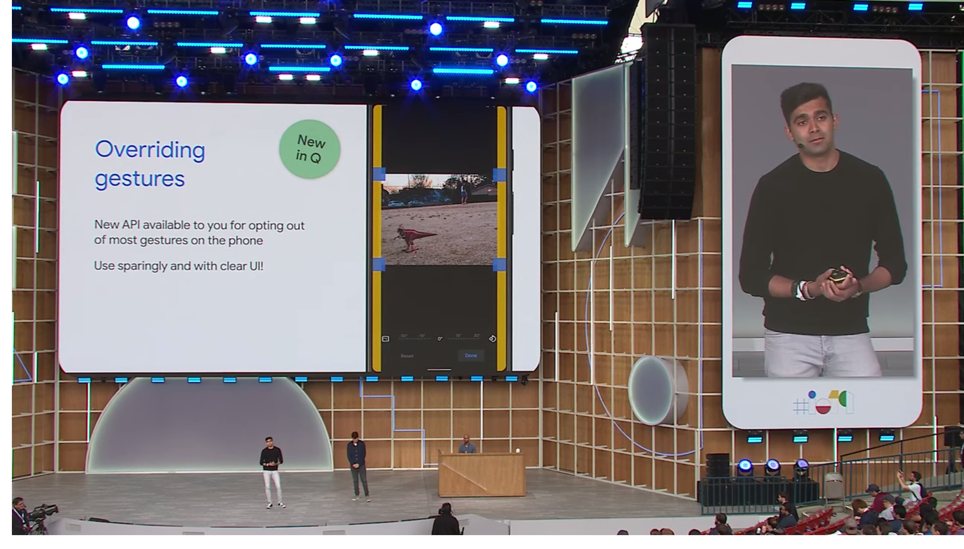 Android Q will include gesture and 3-button navigation as default