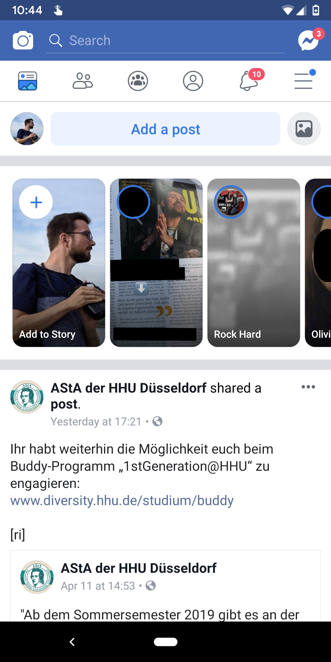 Facebook makeover drops iconic blue app bar, puts more focus on groups