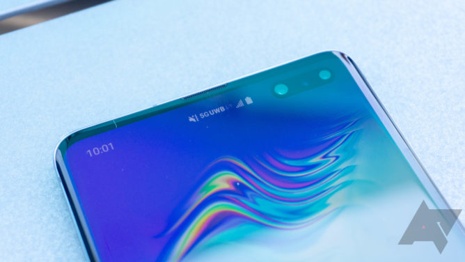 Galaxy S10 5G: Samsung's best phone is one you should not buy