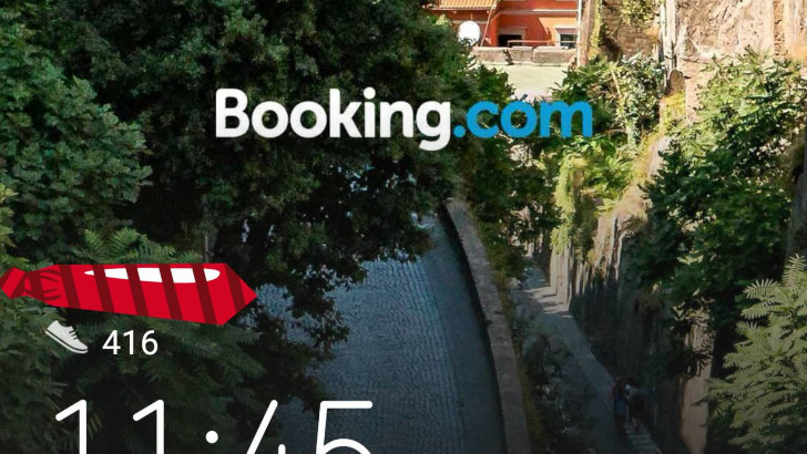 Huawei phones lock screen plagued by Bookings.com ads