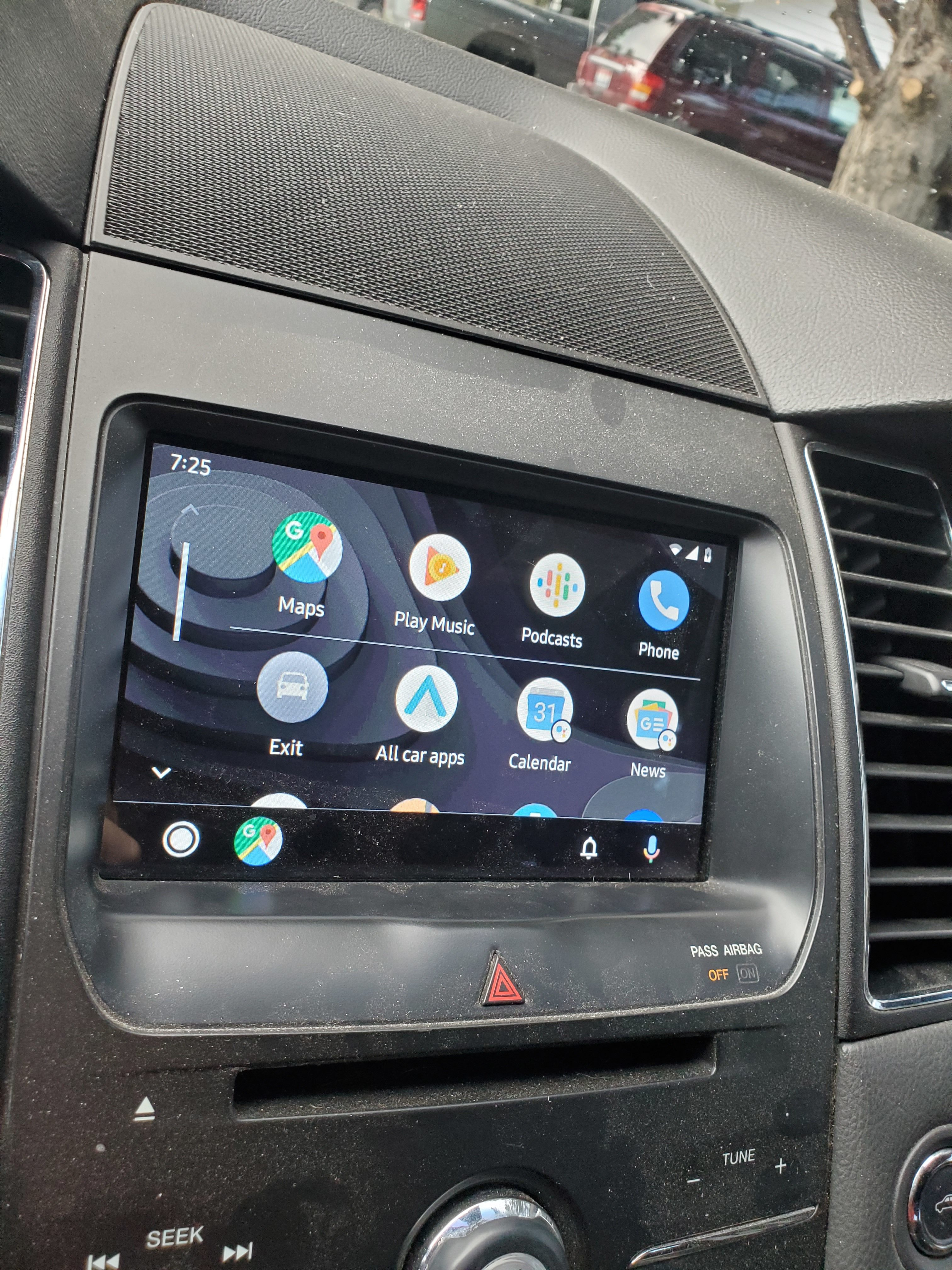 Update: Official announcement] Android Auto redesign is now