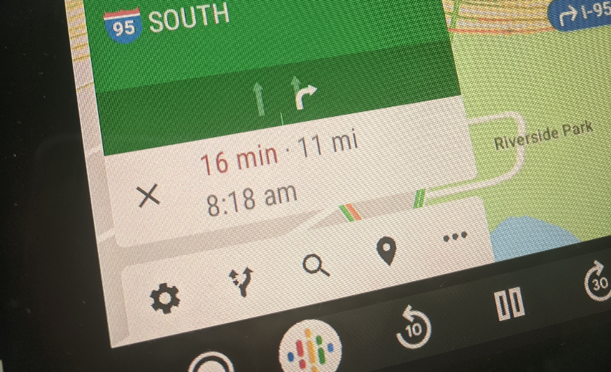 Google Maps in Android Auto adds some helpful new buttons