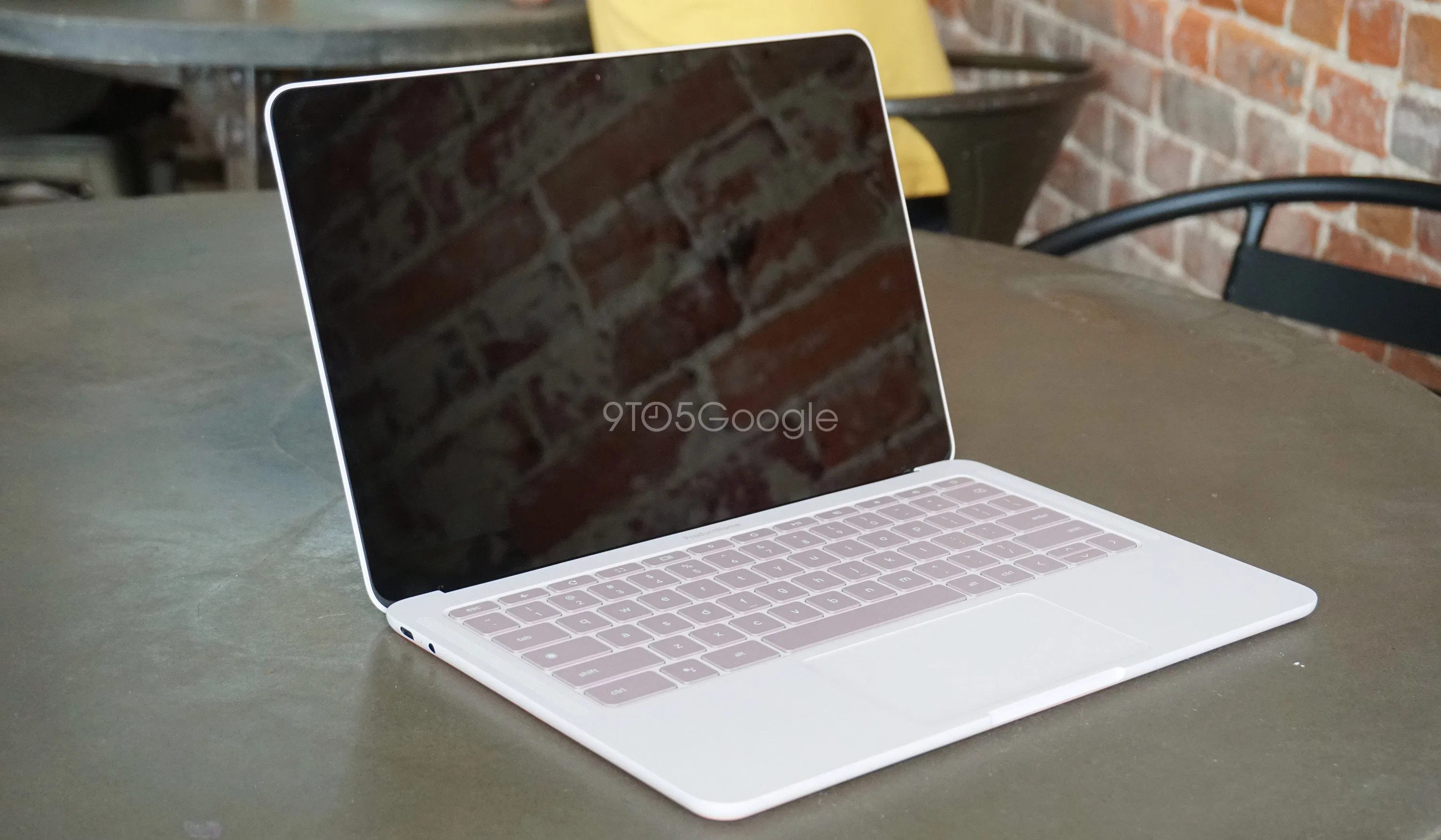 Google Pixelbook Go laptop leaked
