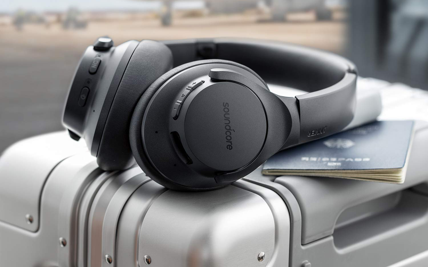 These Stupid Cheap Anker Soundcore Life Q20 Noise Cancelling Headphones Are A Steal At 40 20 Off On Amazon