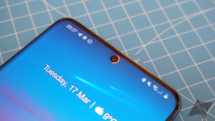 Hole-punch battery indicator comes to Galaxy A series and Z Flip with Energy Ring
