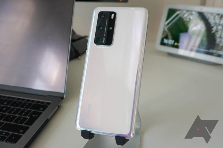How do i free up internal storage on my huawei iphone