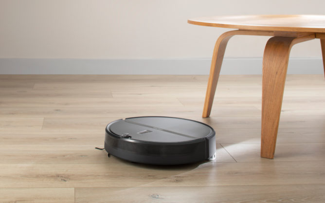The new Roborock E4 robotic vacuum is the perfect way to make parenting easier this Mother or Father's Day (Sponsored)