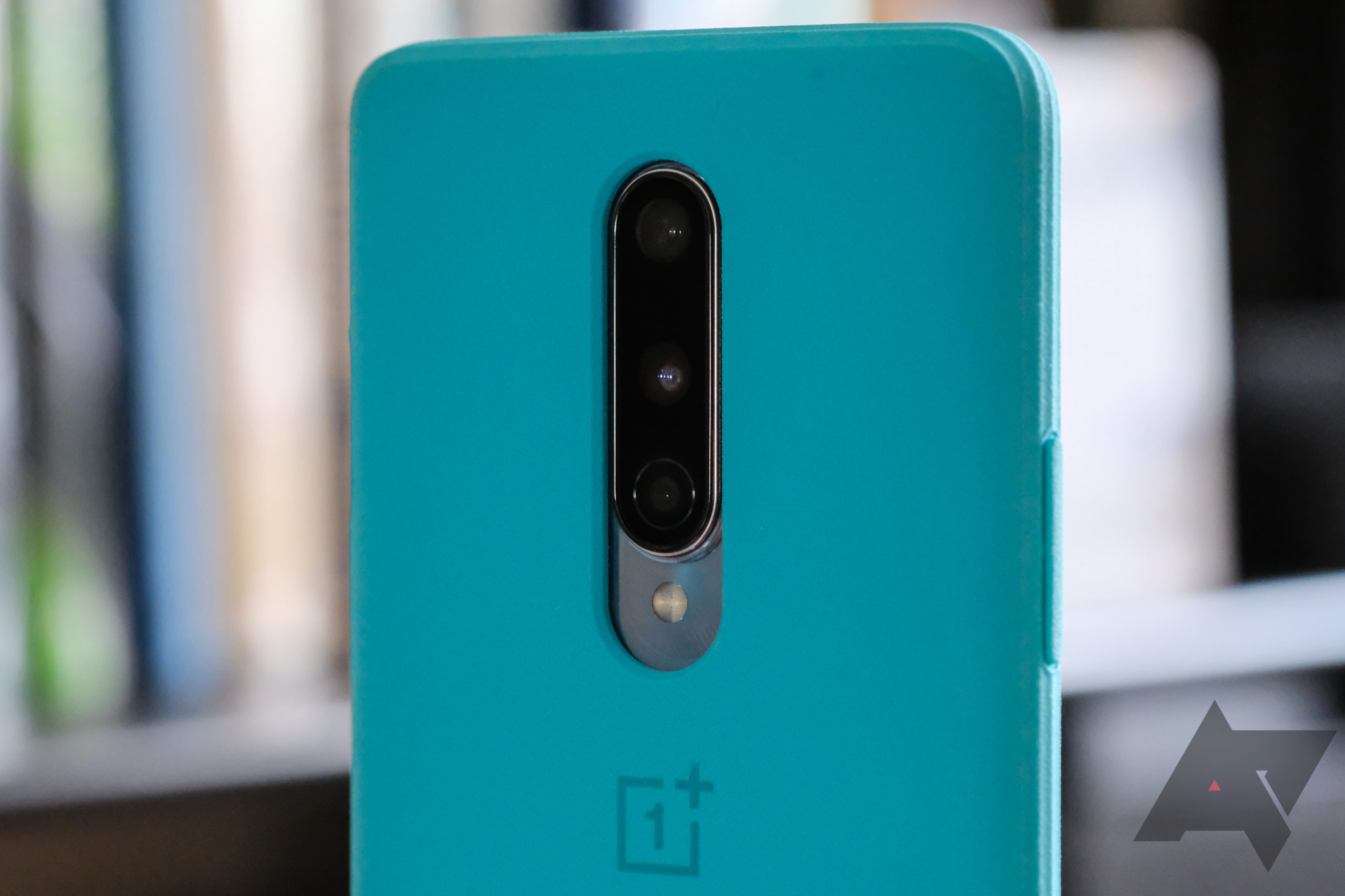 Verizon's OnePlus 8 isn't compatible with cases for other versions