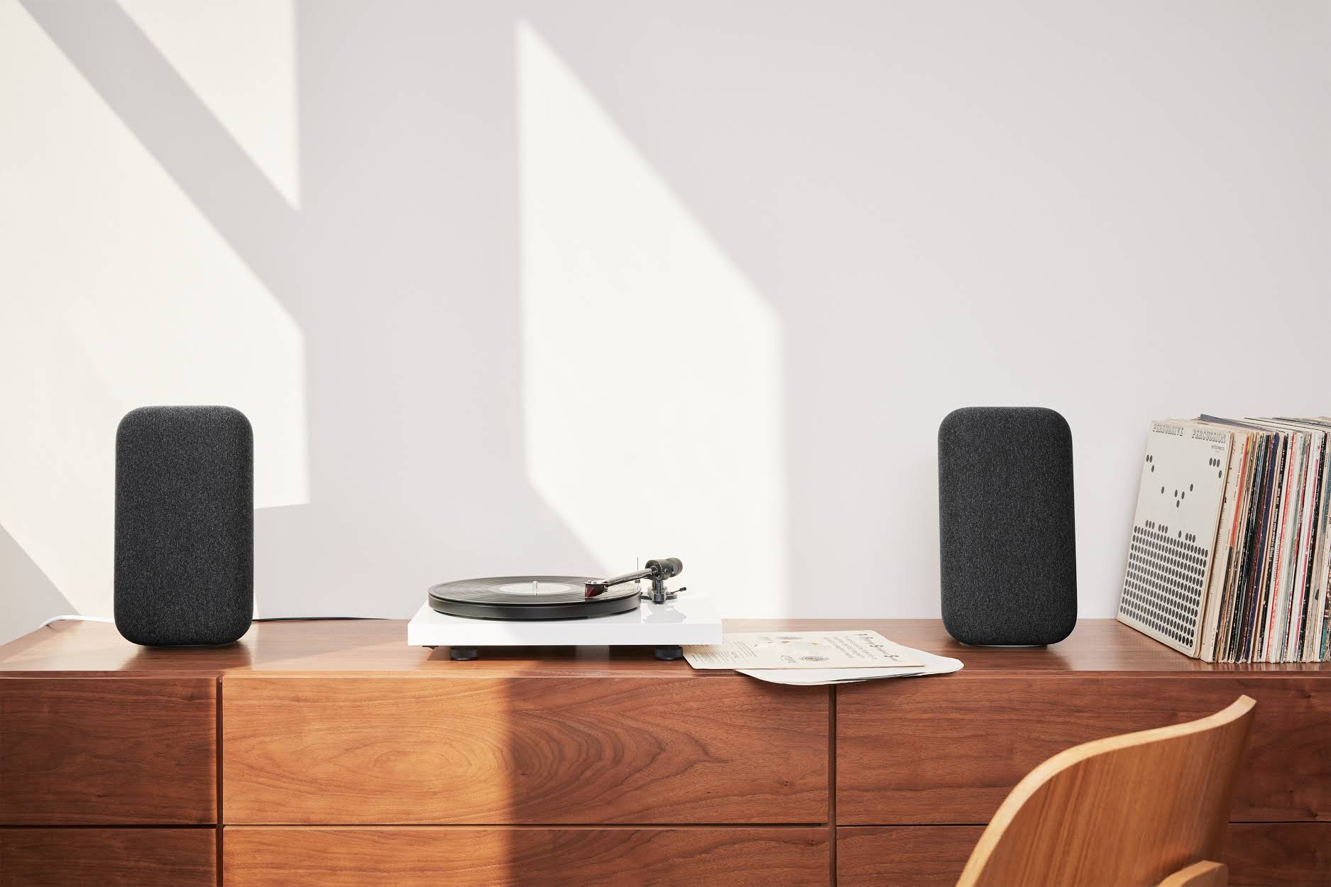 Google Home Max Black Friday Deal Google S Best Speaker Is Half Off 149